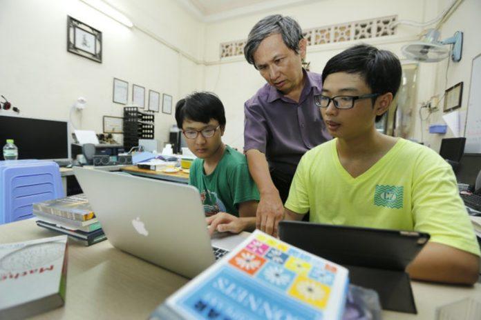 Ứng dụng công nghệ để khắc phục những vấn đề tồn tại của giáo dục truyền thống