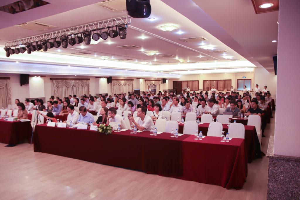 hội-thảo-giáo-dục-tại-TP-HCM